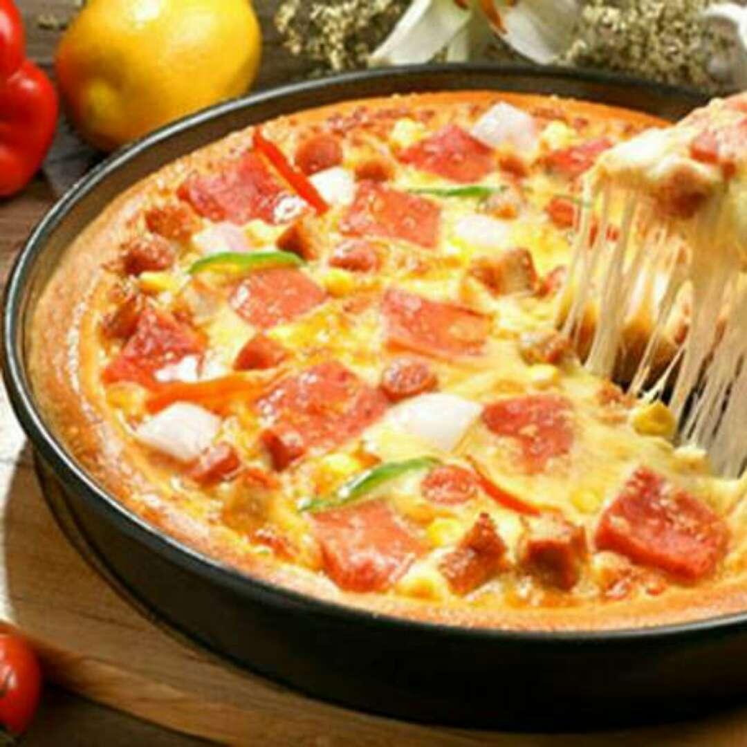 培根比萨图片_必胜客欧式培根卷香肠比萨必胜客2013新品菜